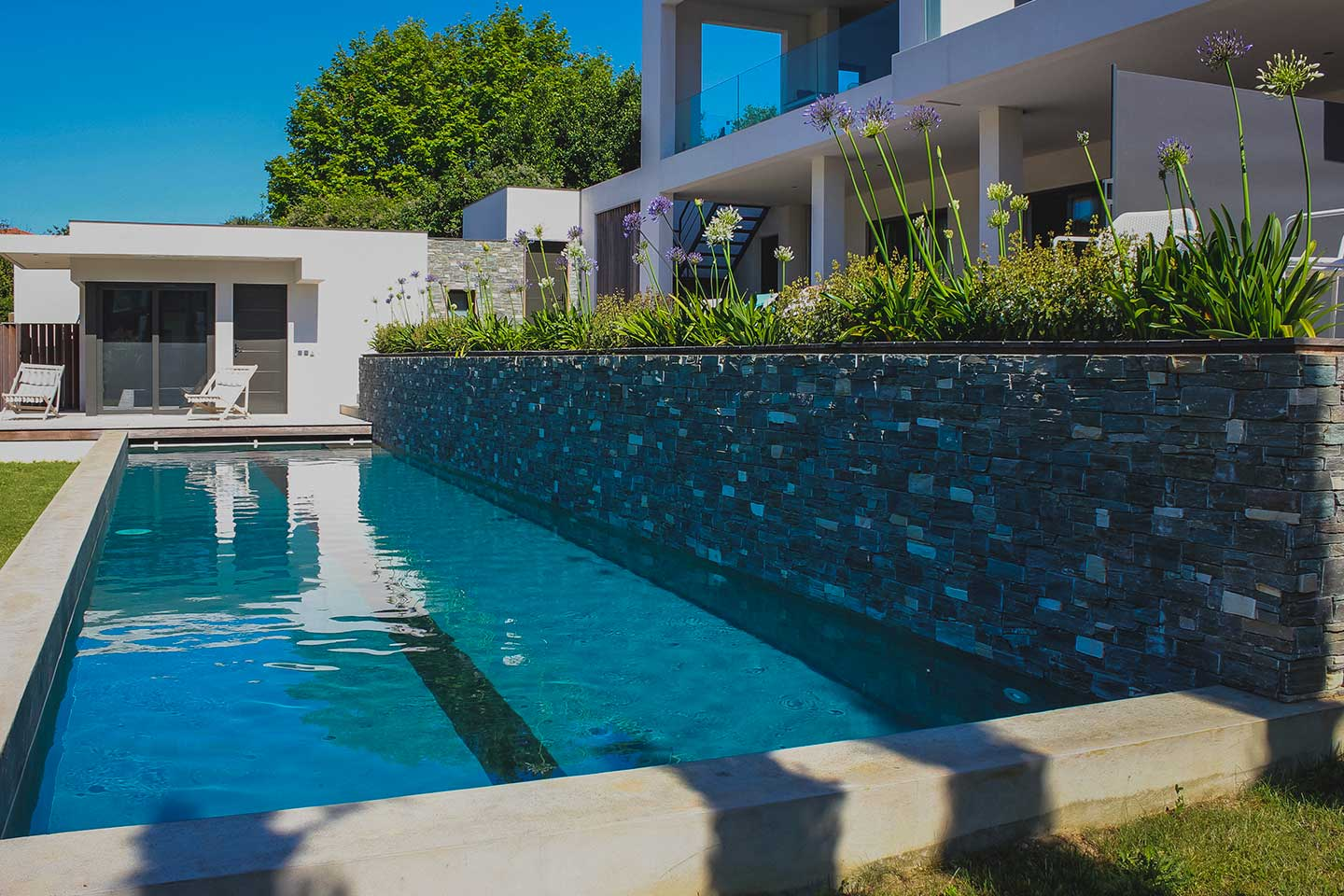 LAKEVIEW, Rent an architect villa with swimming pool in Biarritz