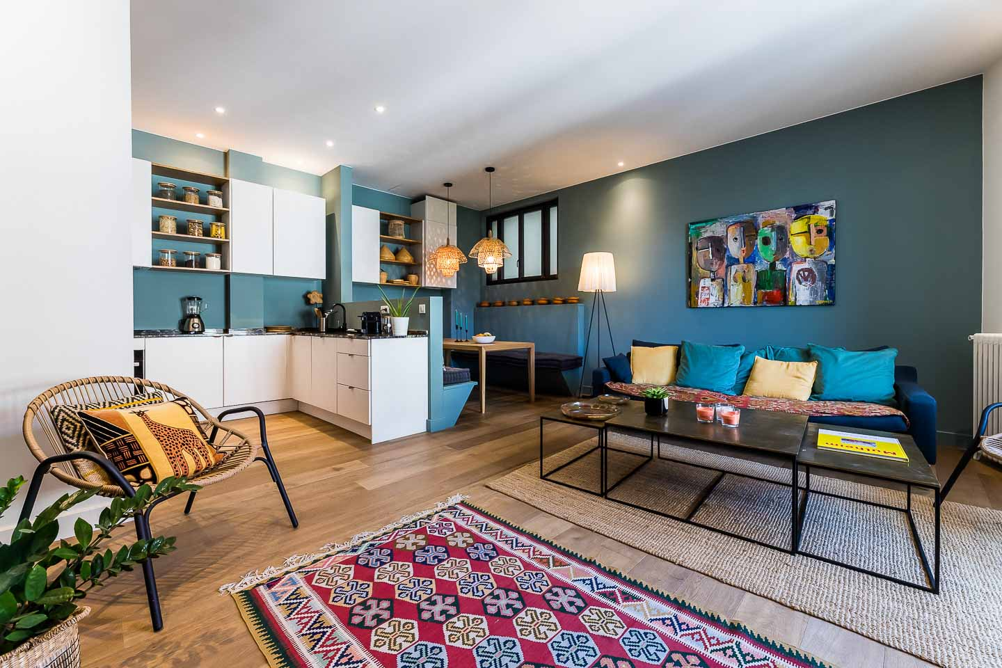 INDI A centraly located appartement in a outstanding building in Biarritz