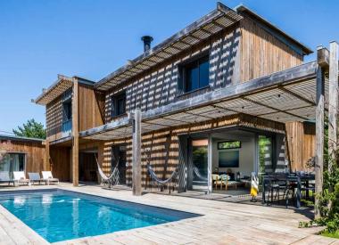 NEW! WOOD  •  villa