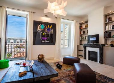 LES HALLES · Appartement