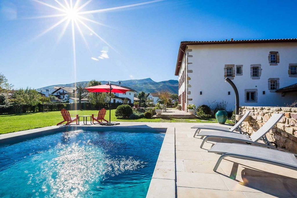 location vacances pays basque villa avec piscine Ascain authentic
