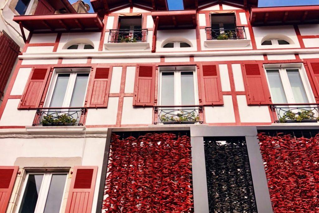 location vacances pays basque plus beaux villages Espelette